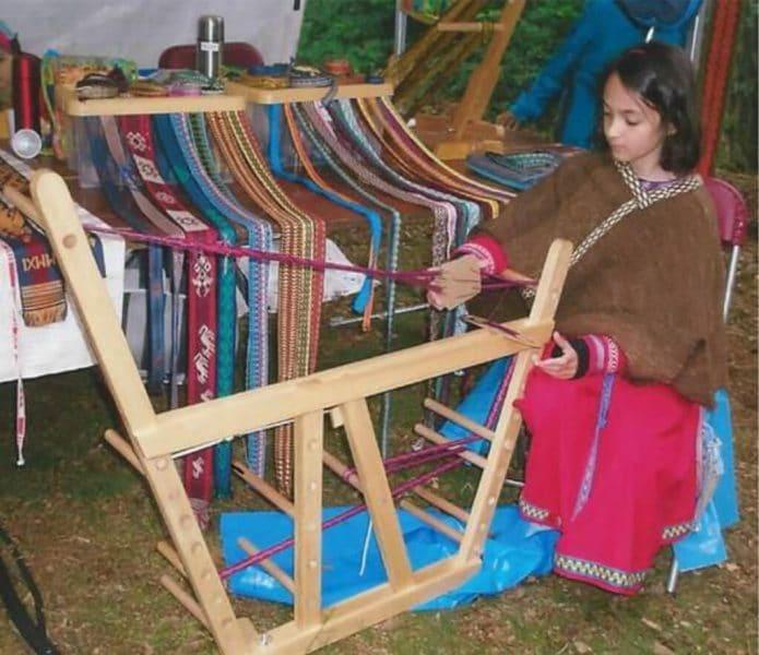 Ergonomic-Tablet-Weaving-photo-3